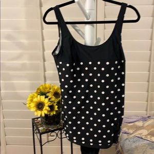 One piece skirted bathing suit! POLKA DOTS🖤 #483